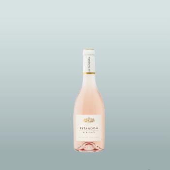 写真:ラベル付きボトル